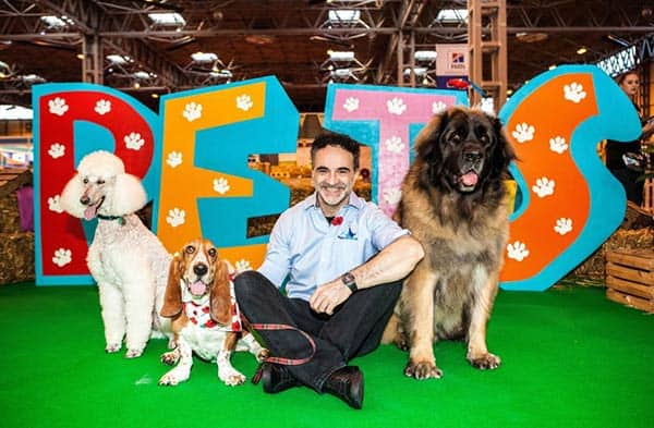 Noel Fitzpatrick personal life he loves to be with animals