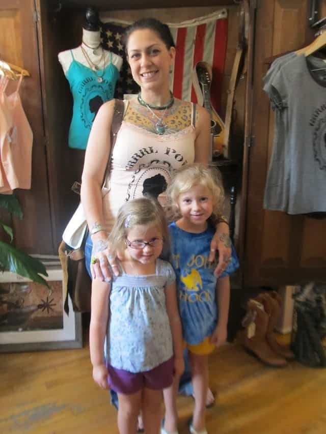 American Pickers Danielle Colby with her children (two daughters)