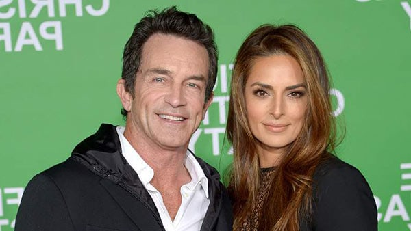 Image of Jeff Probst with his wife Lisa Ann Russell