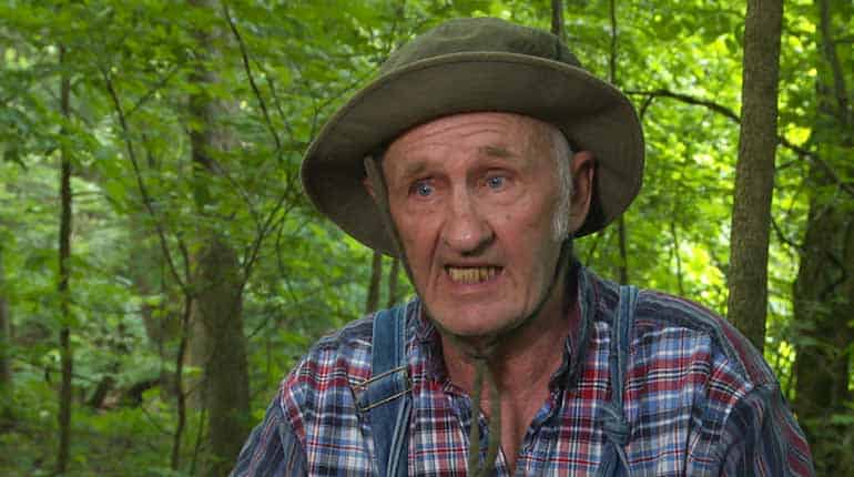 Image of Jim Tom Hedrick from Moonshiners Alive Or Dead. His Age, Married, Wife, Net Worth wiki-Bio
