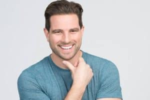 Image of Scott McGillivray Net Worth, Wife, Family, Age, Height, Wikipedia, Bio.