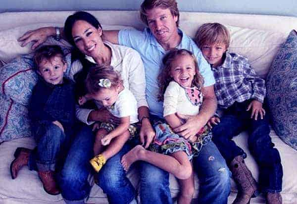 Image of Chip and Joanna with their kids
