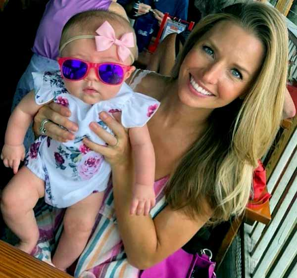 Image of Amy Reimann with her daughter Isla Rose Earnhardt