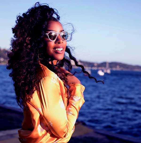 Image of Kelly Rowland from Destiny's child band group