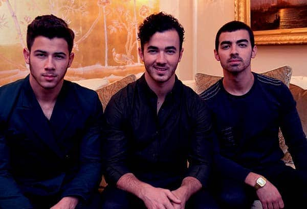 Image of Kevin Jonas with his brothers Joe Jonas and Nick Jonas