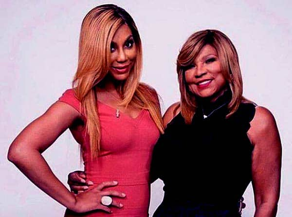 Image of Tamar Braxton with her mother Evelyn Braxton