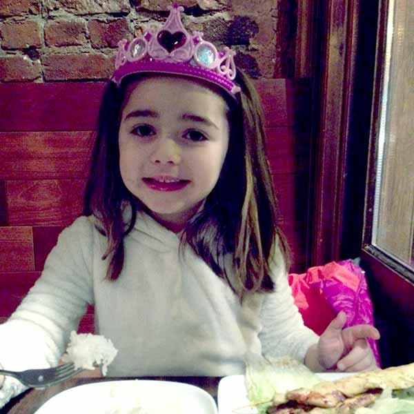 Image of Alex Guarnaschelli daughter Ava Simone Clark