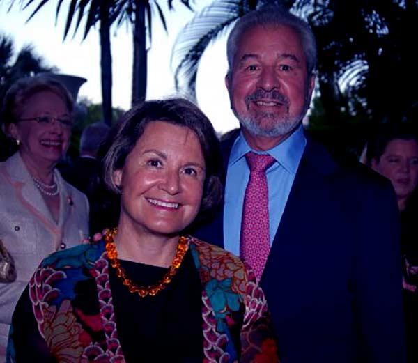 Image of Bob Vila with his wife Diana Barrett