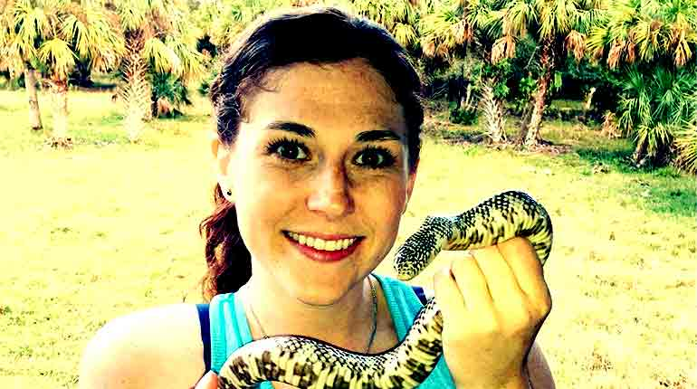 Image of Who is Dr. Thielen, Is she leaving Dr. K's Exotic Animal ER