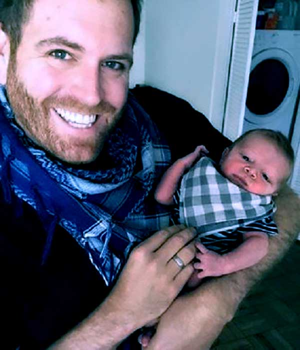 Hallie Gnatovich Wedding Pictures.Hallie Gnatovich Biography Wiki Age Facts About Josh Gates Wife