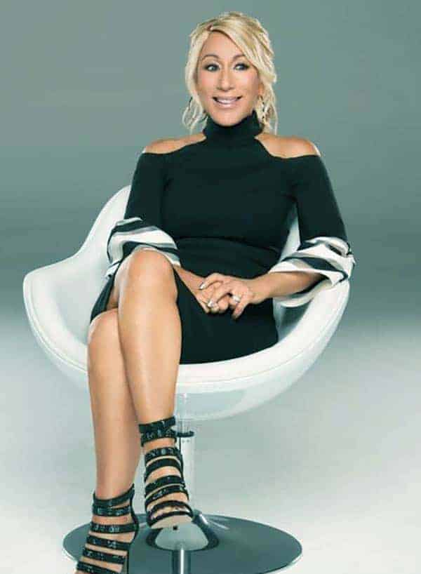 Image of Lori Greiner height is 5 feet 4 inches