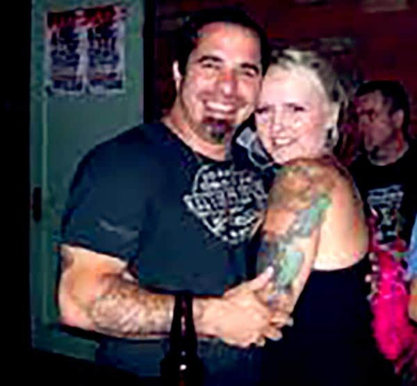 Image of Dave Navarro with his second wife Rhian Gittins
