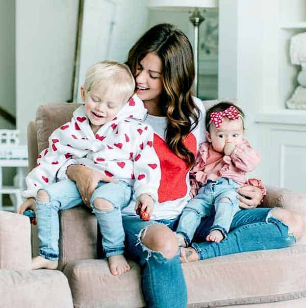 Image of Jillian Harris with her kids son (Leo) and daughter (Annie)