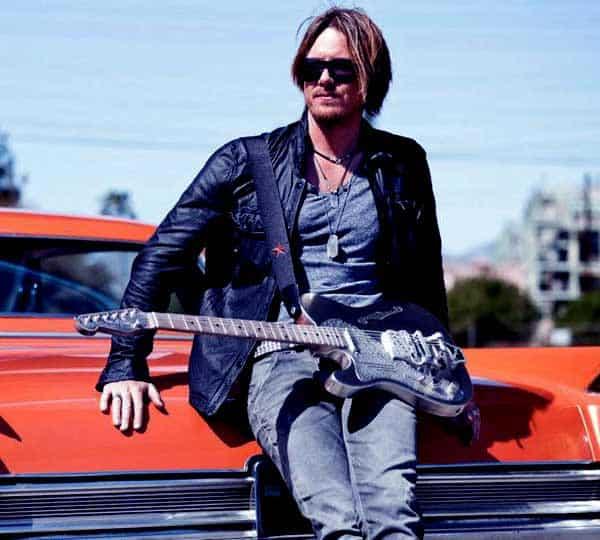 Image of Musical artist, Aaron Hendra