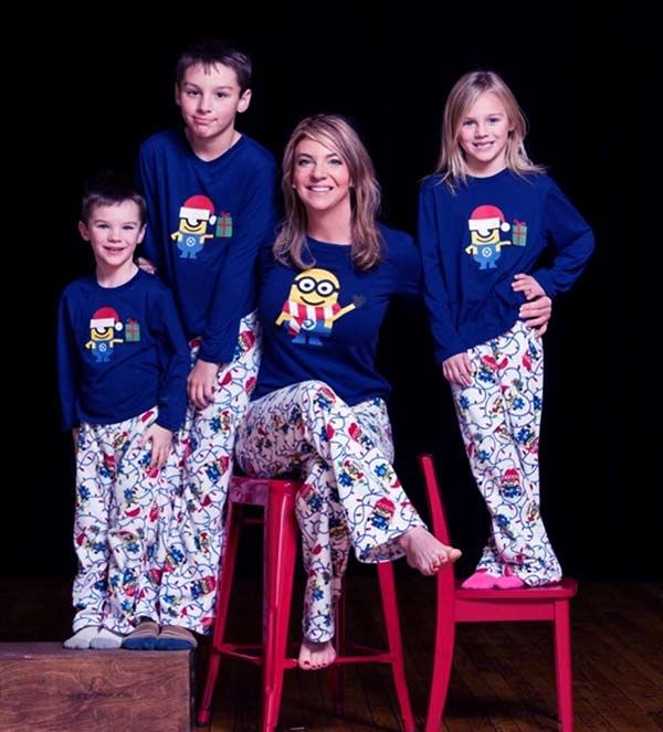Image of Dr. Jessica Griffin with her kids