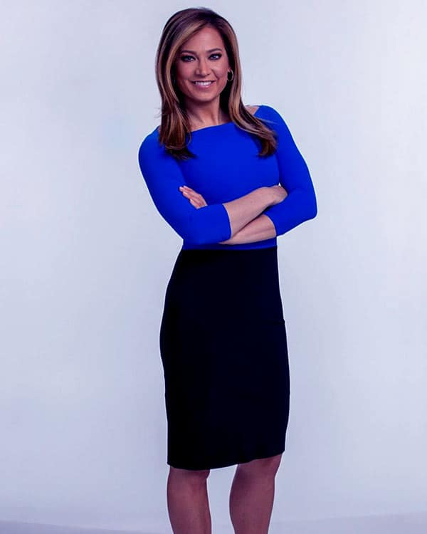 Image of Ginger Zee height is 5 feet 7 inches