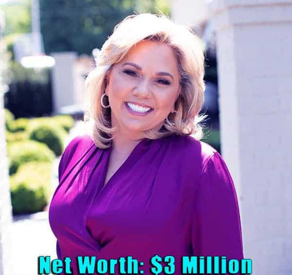 Image of TV Personality, Julie Chrisley net worth is $3 million