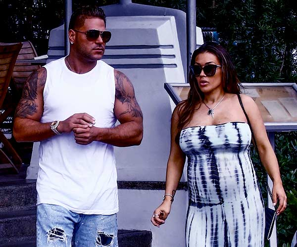 Image of Ronnie Ortiz Magro with his wife Jen Harley