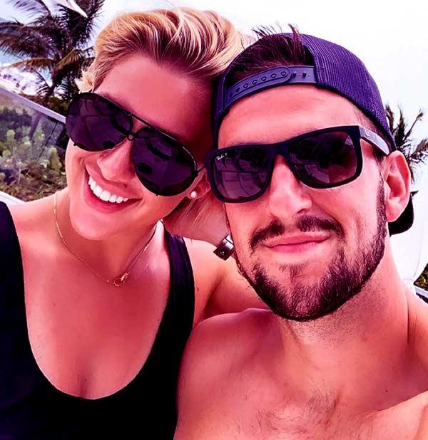 Image of Savannah Chrisley with her Fiancé Nick Kerdiles