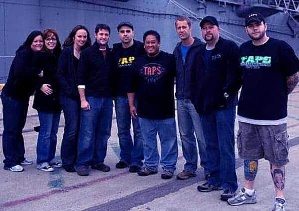 Image of Ghost hunters cast members