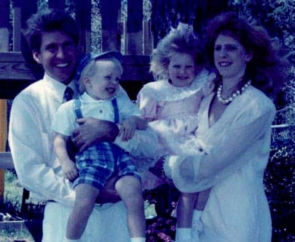 Image of Todd Chrisley with his ex-wife Teressa Terry and with their kids