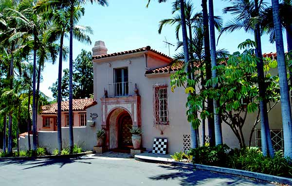Image of Businessperson, Barry Weiss' house in Los Angeles