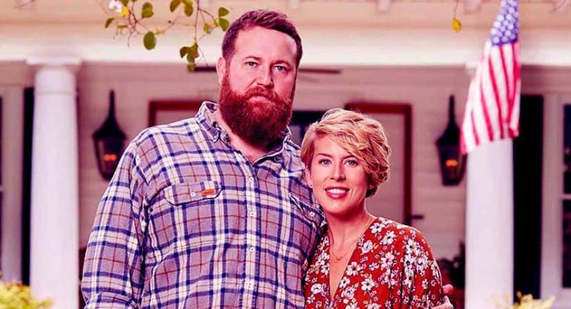 """Image of Ben and Erin Napier Biography: 15 Unknown Facts about HGTV """"Home Town"""" Cast"""
