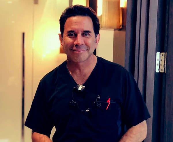 Image of American plastic surgeon, Dr. Paul Nassif