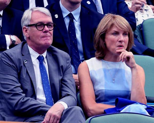 Image of Fiona Bruce with her husband Nigel Sharrocks