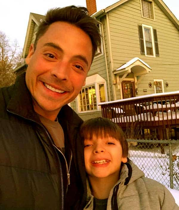 Image of Jeff Mauro with his son Lorenzo