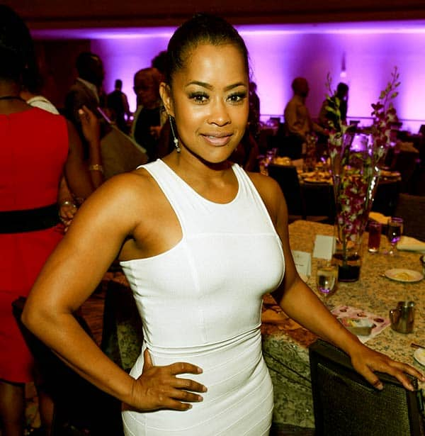 Image of Actor, Lisa Wu height is 5 feet 3 inches