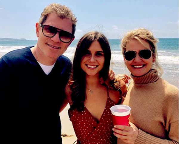 Image of Sophie Flay with her father Bobby Flay and mother Kate Connelly