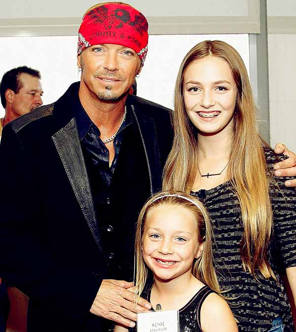 Image of Bret Michaels and his daughters Raine Elizabeth Michaels and Jorja Bleu
