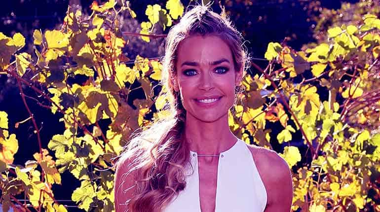 Image of Denise Richards Net Worth.