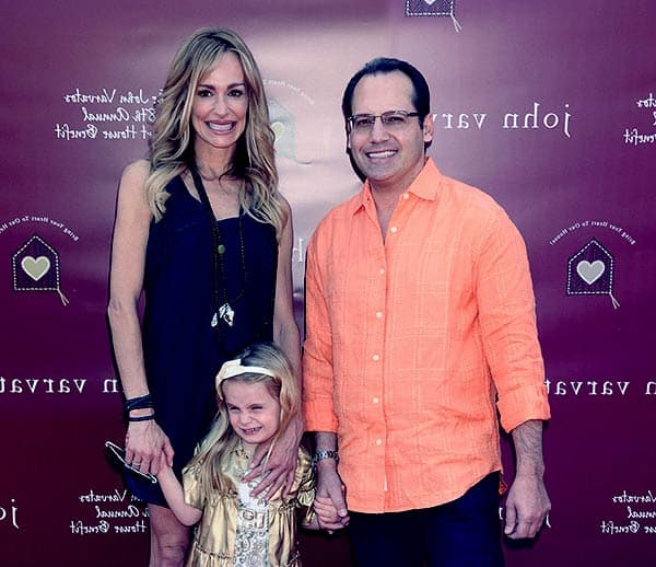 Image of Kennedy Armstrong with her mother Taylor Armstrong and father Russell