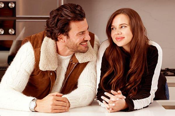 Image of Steve Gold with his girlfriend, Luiza Gawlowska