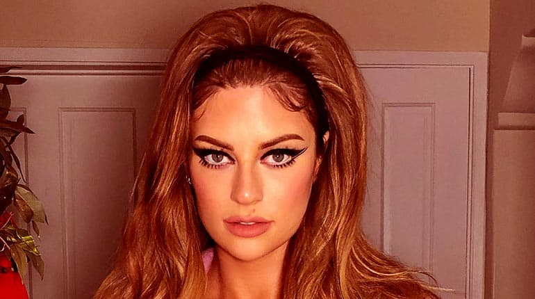 Image of How Old Is Hannah Stocking. Her Height, Net Worth, And Boyfriend