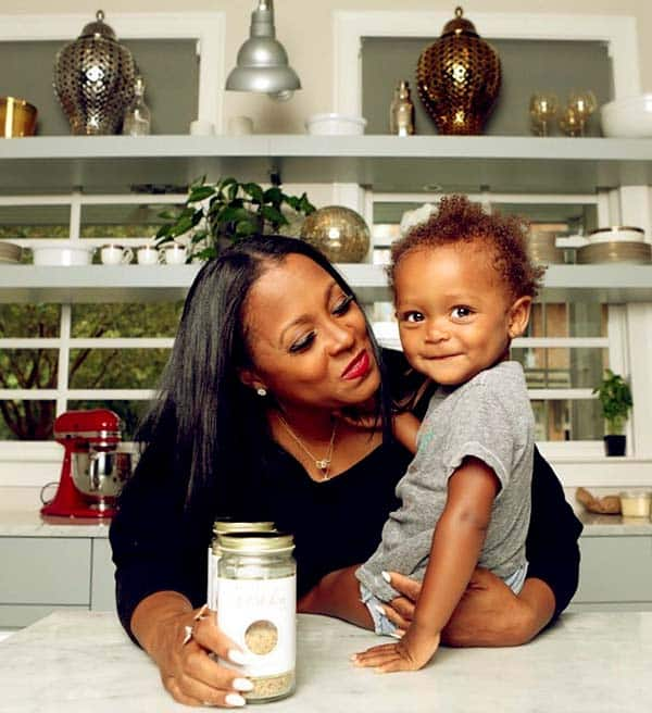 Image of Caption: Keshia Knight Pulliam with her daughter Ella Grace Hartwell