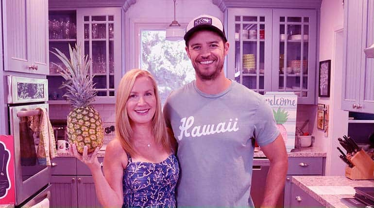 Image of Angela Kinsey's husband Joshua Snyder Age and Wiki Biography, First Marriage.